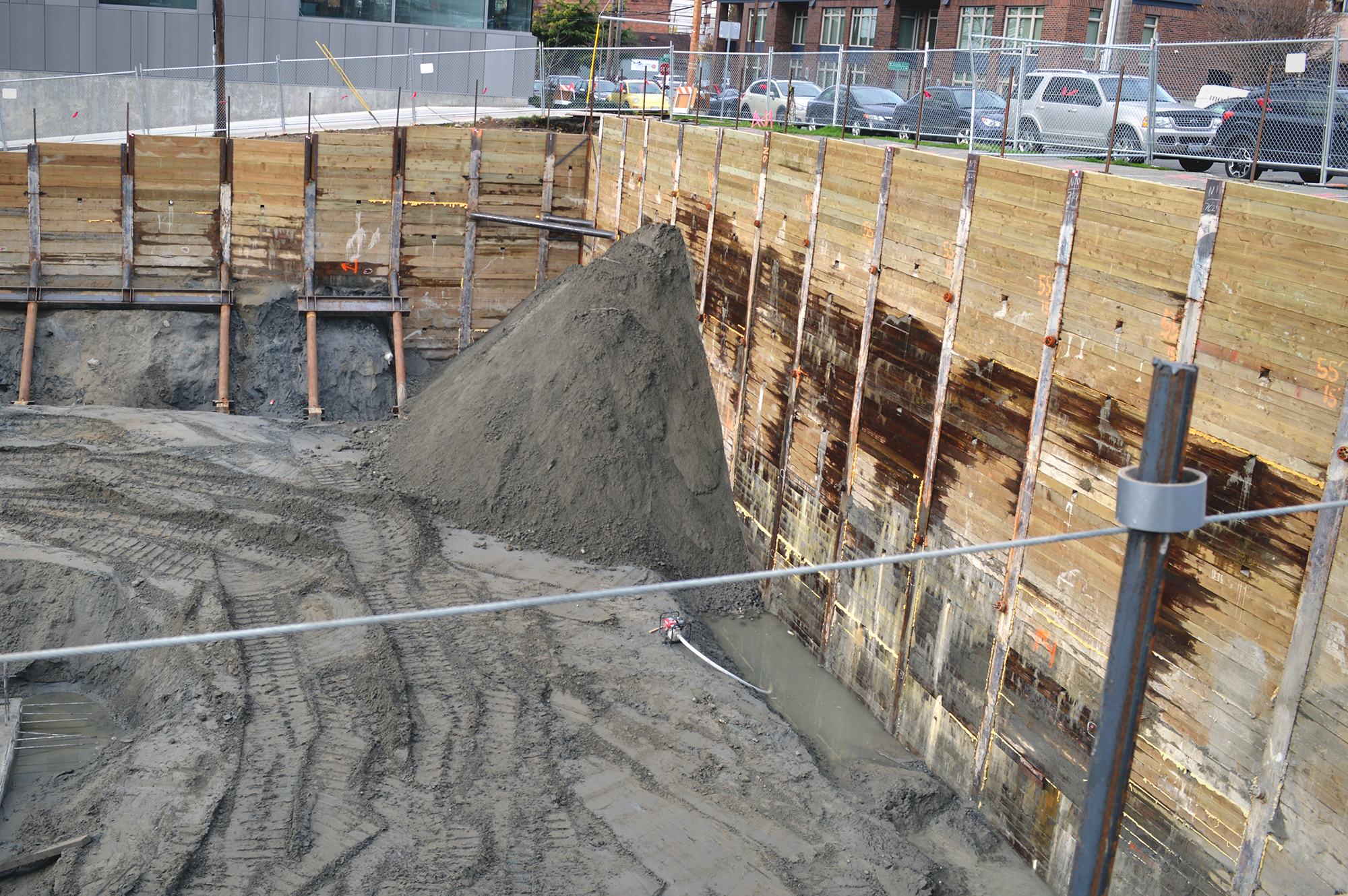 Shoring In Construction : Shoring contractor dmi drilling building a strong